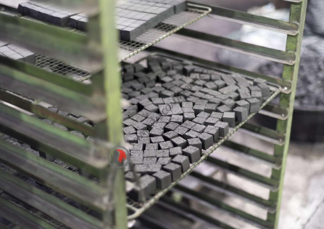 briquettes-charcoal-cube